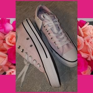 Converse Chuck Taylor Madison 6.5 Pink Shoes